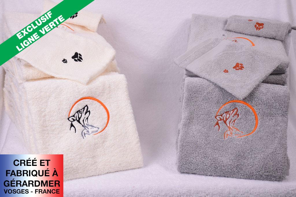 loup des Vosges brodé sur serviette de bain